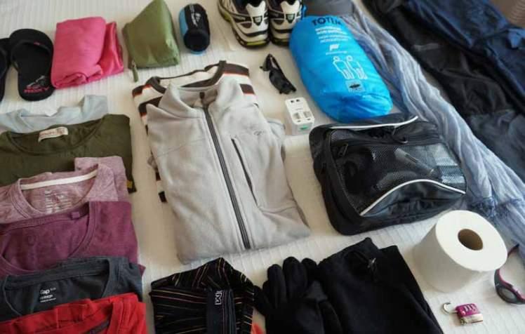 Votre sac devrait pouvoir contenir le strict minimum nécessaire.